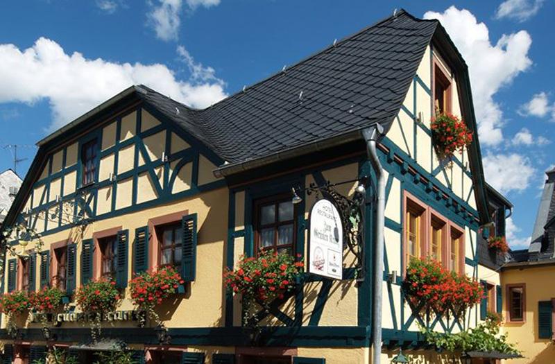 Das Motorradhotel im Taunus - Hotel zum Grünen Kranz - Maingau - Rüdesheim - Westerwald