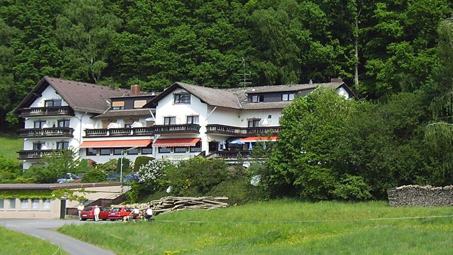 Das Motorradhotel im Odenwald - Gasthof Hotel Zum Lärmfeuer - Pfalz - Elsass
